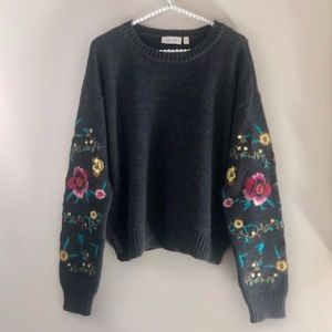 RD Style CeeCee Embroidered Floral Sleeve Sweater